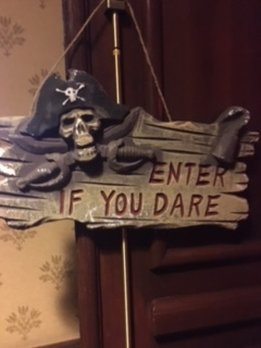 Enter if you dare sign outside buffet.JPG