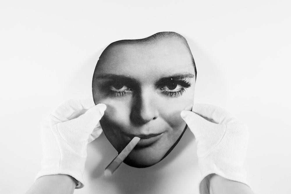SmokingGirl.jpg