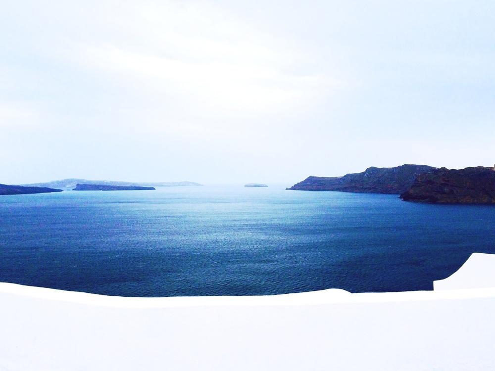 Bye Santorini.