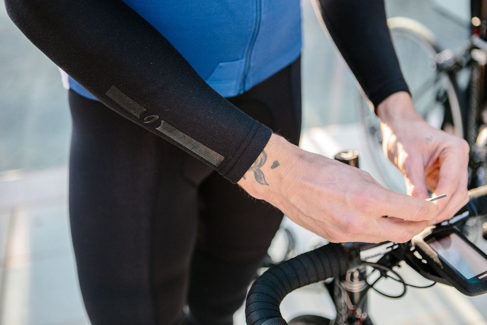 LYCRA ARM WARMERS - Warm and cozy on the inside, soft and luxurious from outside. Constructed from ThermoRoubaix Lycra®. Treated with DuPont™ Teflon® technology.
