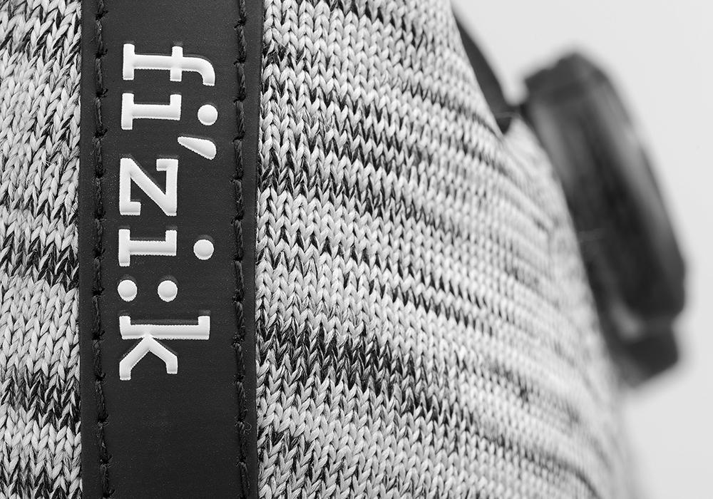 infinito-r1-grey-knit-detail2_2.png