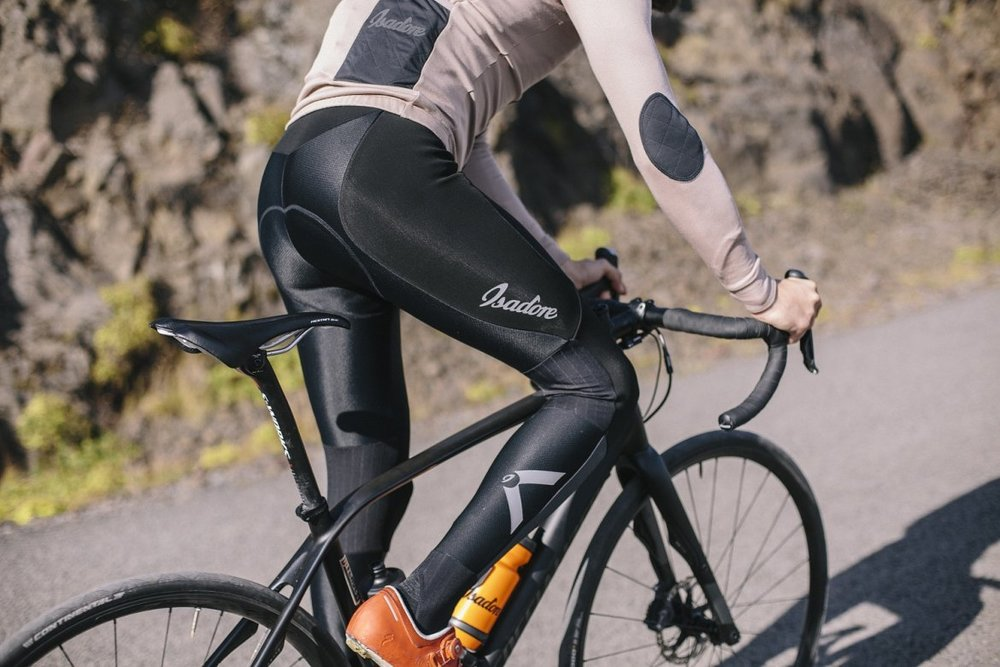 OVADA DEEP WINTER TIGHTS - The tights have excellent insulating properties and the go all the way to the ankle, ending in single stirrup to protect the achilles and keep the bottom part tuck in place.