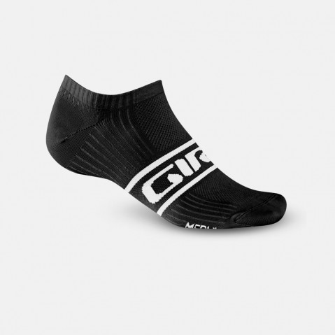 CLASSIC RACER LOW - The new Classic Racer™ Low sets you up with a minimal no-show sock design that's made from Meryl® Skinlife™ fibers to wick moisture away.