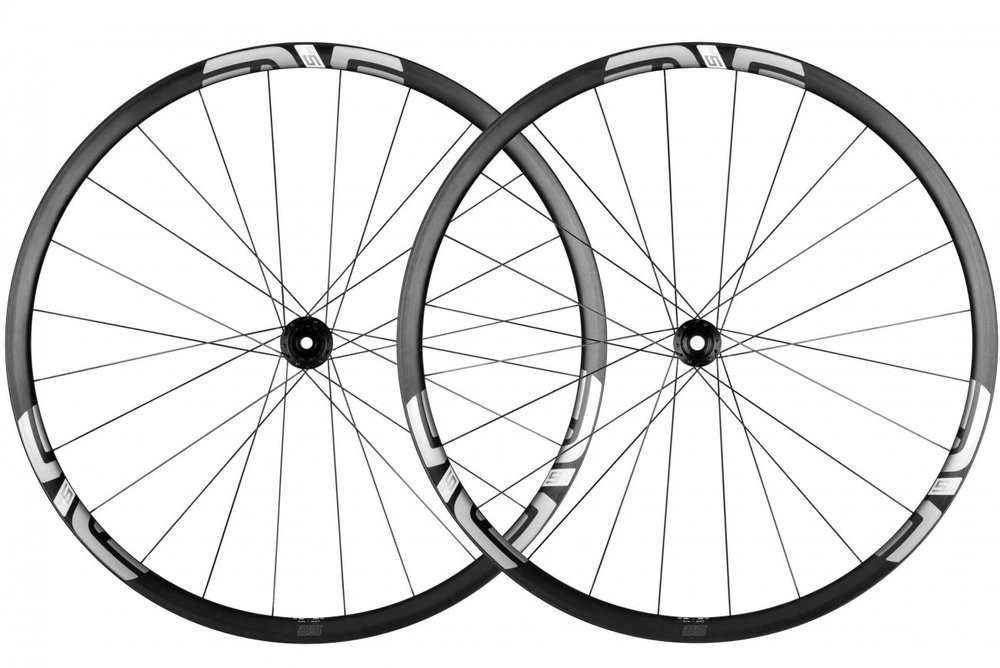M525 - A purpose built XC wheelset without limitations. Light enough to race, strong enough to ride daily.