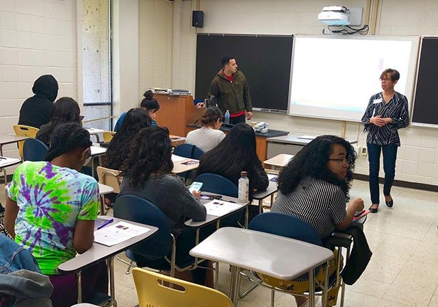 We're preparing for the spring in-service training on Saturday and are throwing it back to last spring's in-service training where one of our board members, Regina, led a session for our wonderful Scholars! #throwbackThursday #tbt #inservice