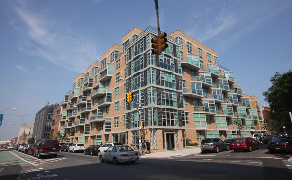 American Realty Advisors paid more than $895,000 for each of the 62 apartments in 111 Kent Avenue in Williamsburg, Brooklyn. Credit: Chester Higgins Jr./The New York Times