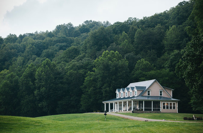 The main house on Chimney Rock Farm on the Kentucky-Tennessee border. The 1,000-acre property is on the market for $3.9 million.      Credit  Shawn Poynter for The New York Times