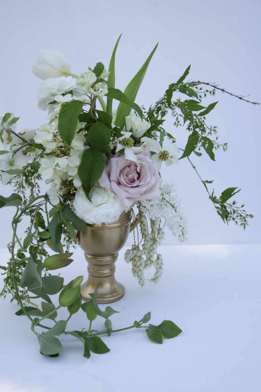 blush wedding centerpiece.jpg