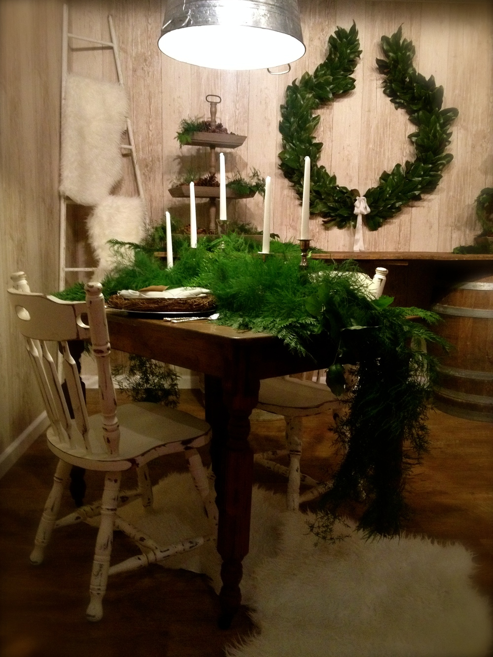 SouthernChristmasShow_OldSouthVintageRentals_PhilosophyFlowers.jpg