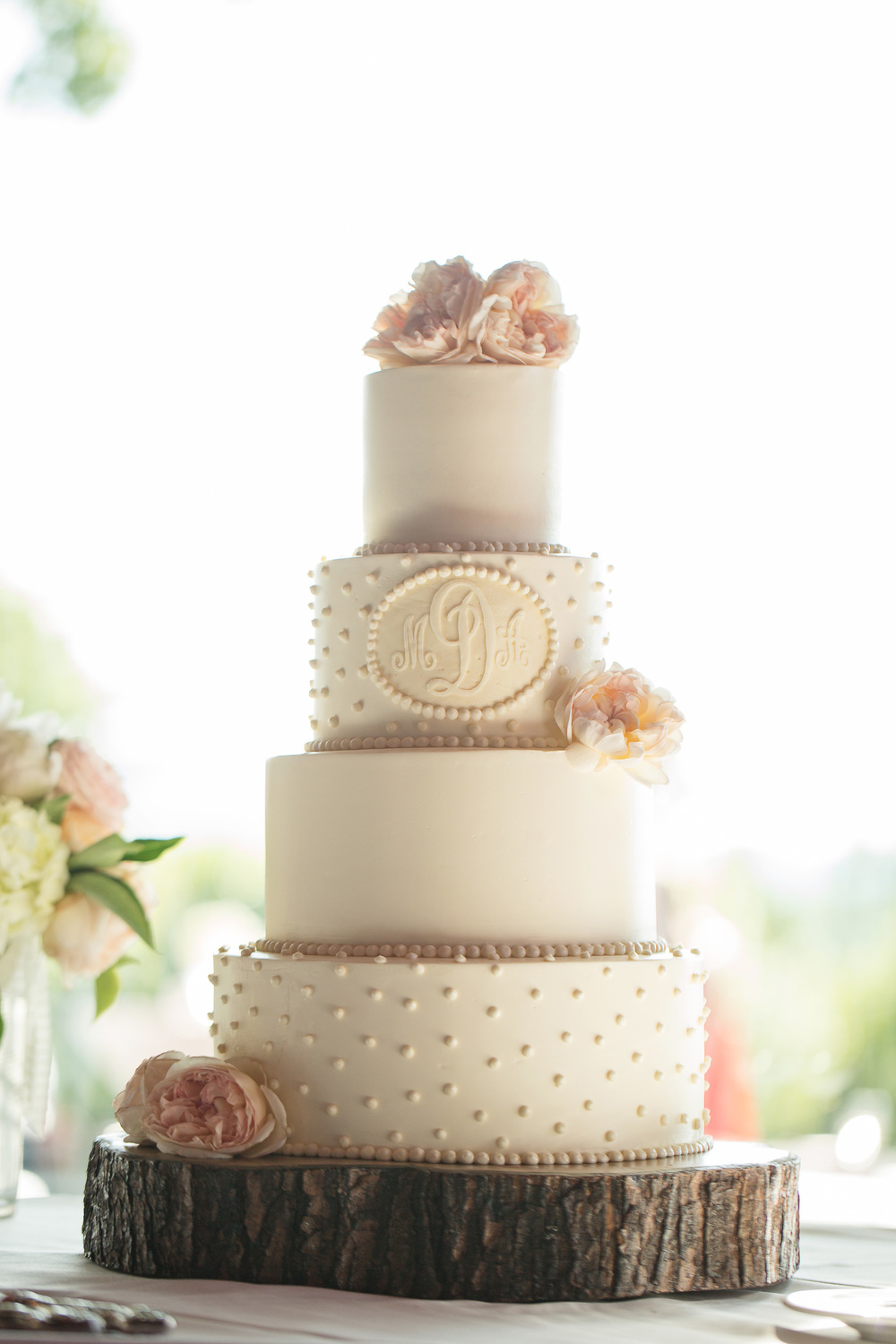 Philosophy Flowers, J&J Photography, CeCe Hampton Events, Hallmark Cakes