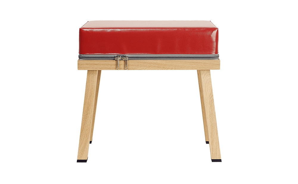 Truecolors Stool Visser + Meijwaard Netherlands 2015 PVC cloth with oak wood frame L 19.5 H 17.75 W 11.75 Colors: Red, Antraciet, Black, Blue, Dark Blue, Green, Grey, Orange, Yellow LIST PRICE: Cube $485 DESIGNER DISCOUNT PRICE: $412.25 LEAD TIME: 8-10 weeks QUANTITY IN STOCK: 1 ONLINE PLATFORMS: kM Web, Artsy, 1st Dibs