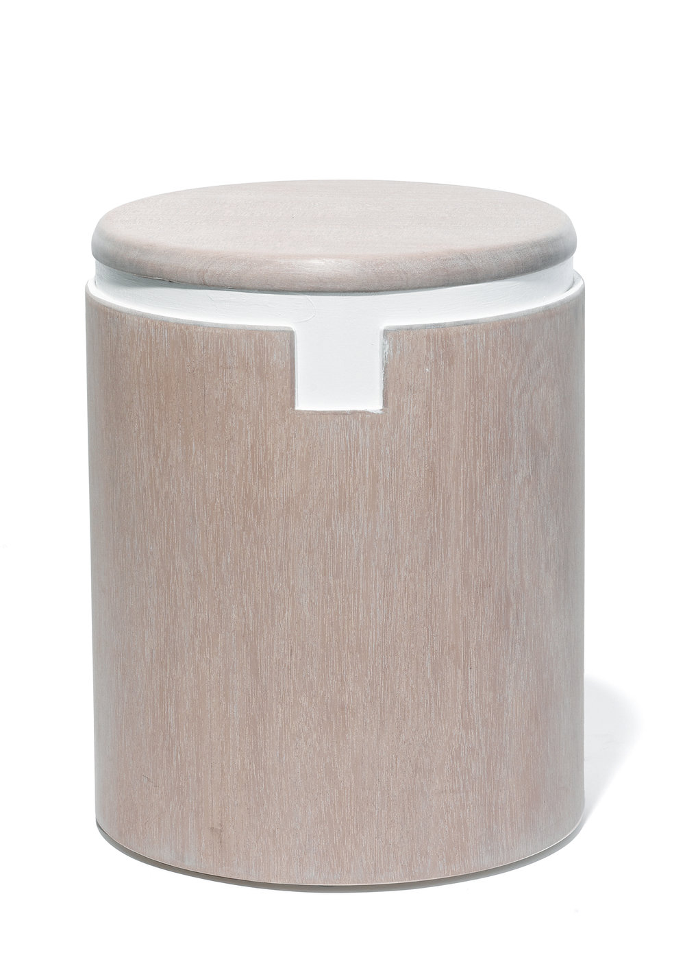 Bishop Stool - Rose Michael Yates Michael Yates USA (Austin, TX / Brooklun, NY) 2016 Wood H 14.75 in, Dia 11.25 in 10 lbs. LIST PRICE: Cube $450 DESIGNER DISCOUNT PRICE: $ LEAD TIME: 3-5 Days QUANTITY IN STOCK: 1 ONLINE PLATFORMS: kM Web, Artsy,