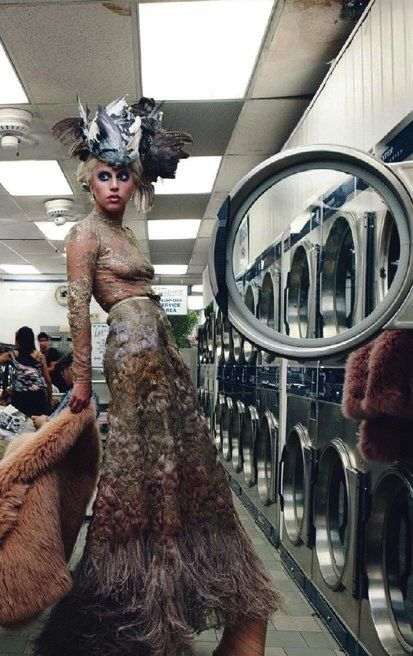lady-gaga-laundromat-photo.jpg