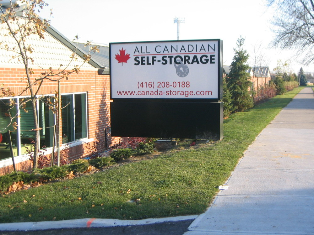 All Canadian Self Storage Comp 001.jpg