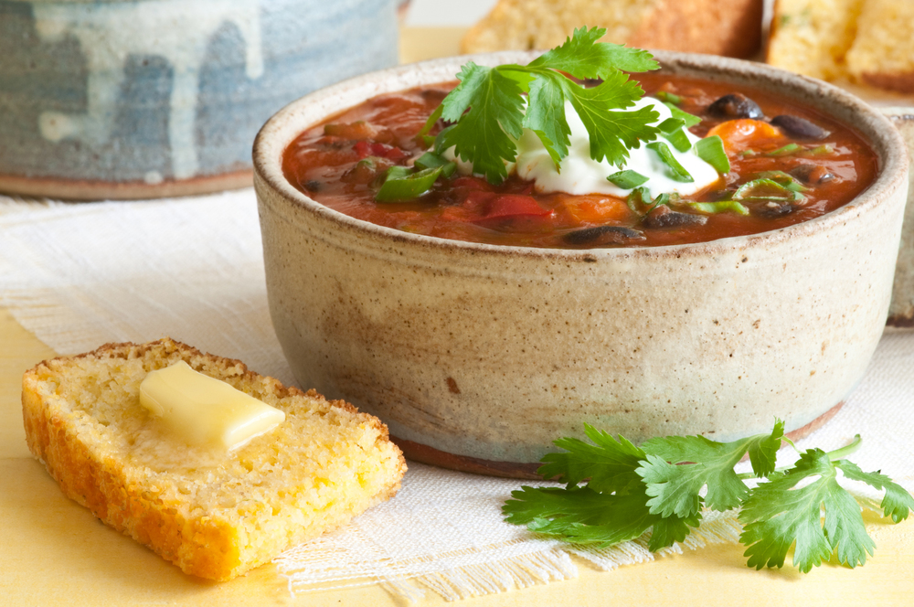 bowl chili, bacon fat cornbread