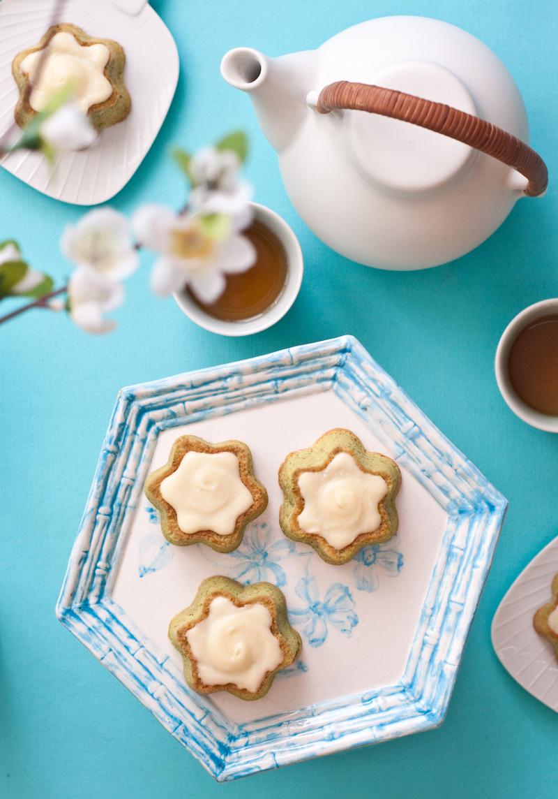 matcha tea cakes overhead.jpg