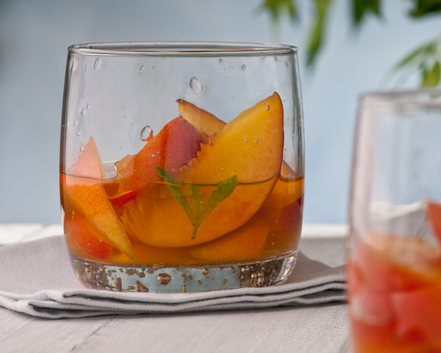 peaches in Cocchi Americano