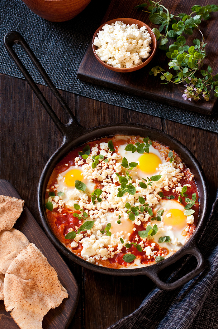 shakshuka-eggs baked  in spicy tomato sauce