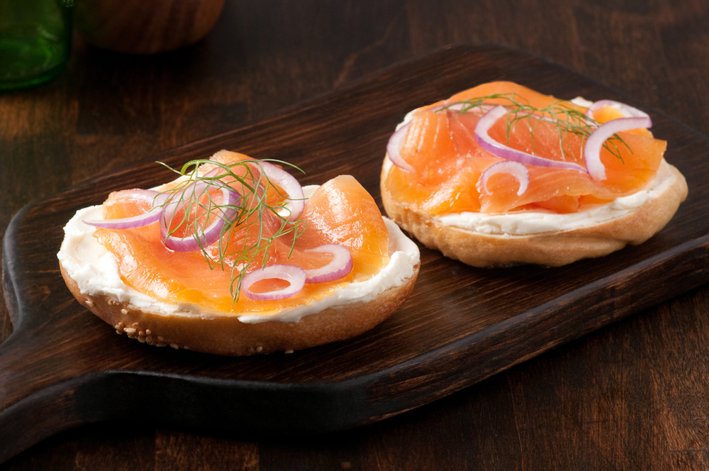 bagels cream cheese and smoked salmon