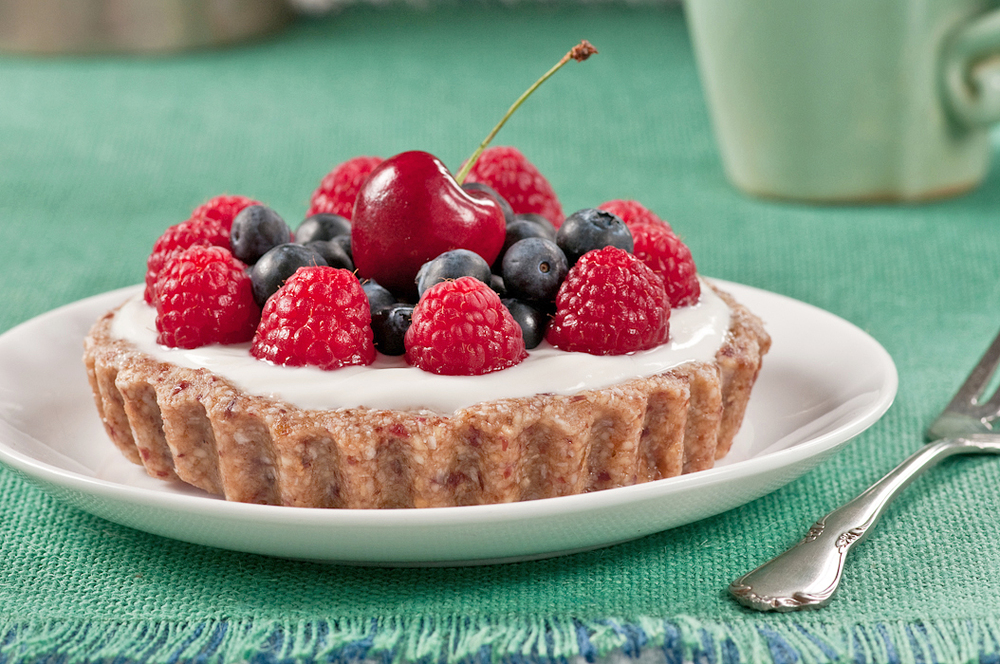 gluten-free date nut tart shells with yogurt and berries