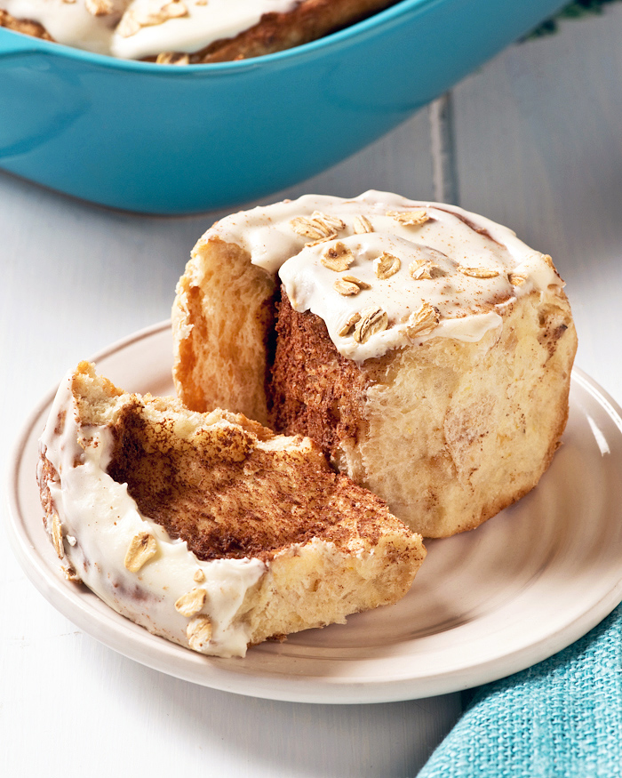 cinnamon buns with cream cheese filling