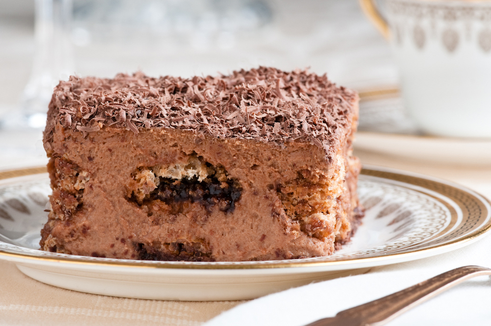 chocolate amaretti tiramisu slice
