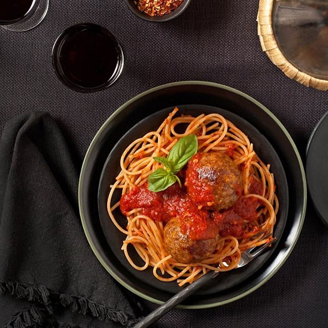 Monster meatballs stuffed with cheese, a super simple recipe ready in minutes for this snowy Friday #nationalmeatballday #fbcigers #foodandwine #pasta #foodporn #foodblog #foodinspo #onthetable #comfortfood #meatballs #homemade #culinaryphotography