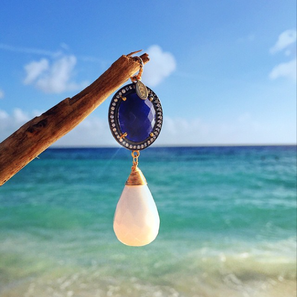 BECK Lapis and White Quartz pendant