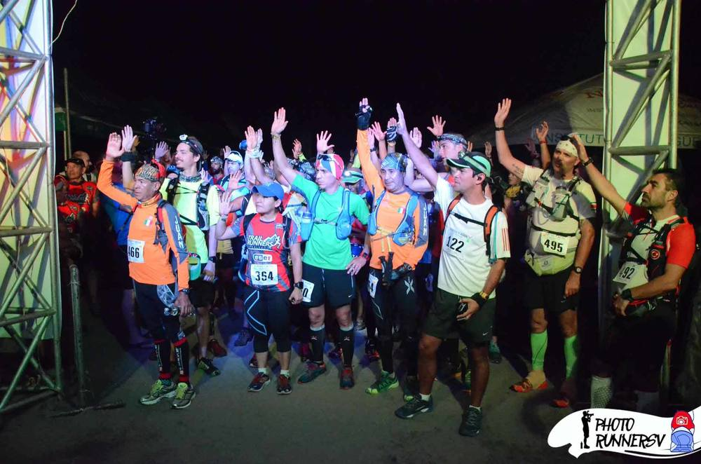 """If I get hurt, lost or die, it is my own damn fault"" - taking the Caballo Blanco oath before the 50k/100k start Photo by Photo Runners SV"