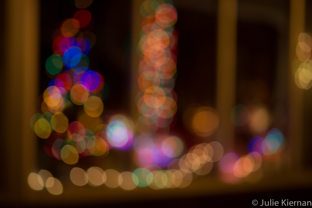 13:52-3 Light Bokeh