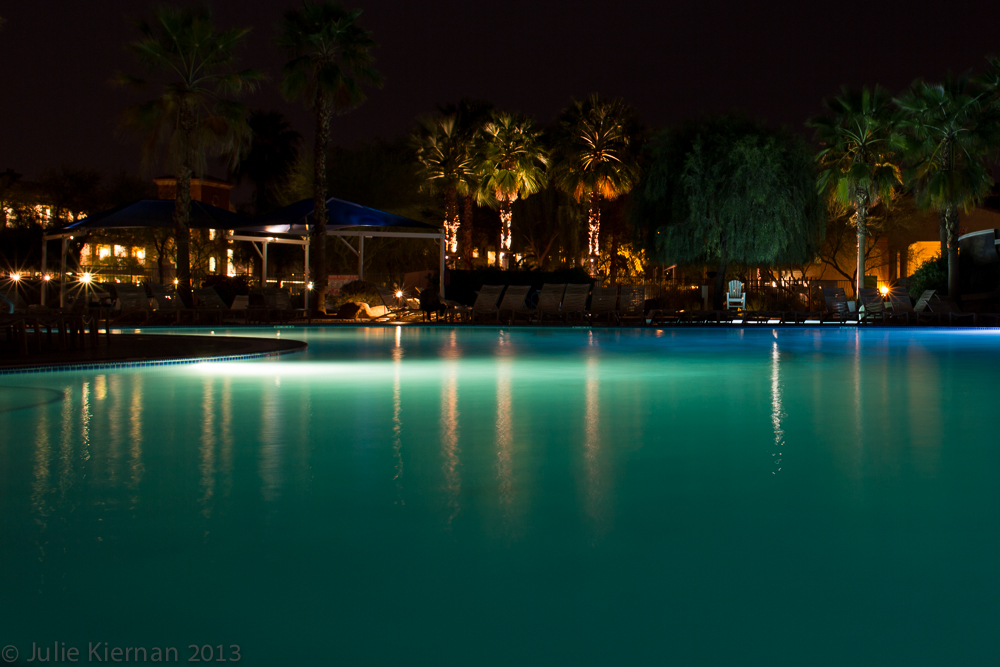 29:1 Palm Desert Pool Light