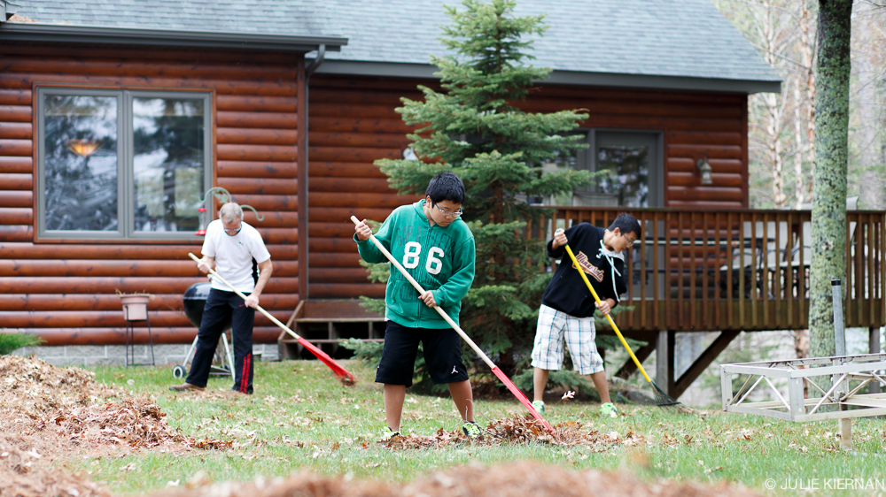 raking-9553.jpg