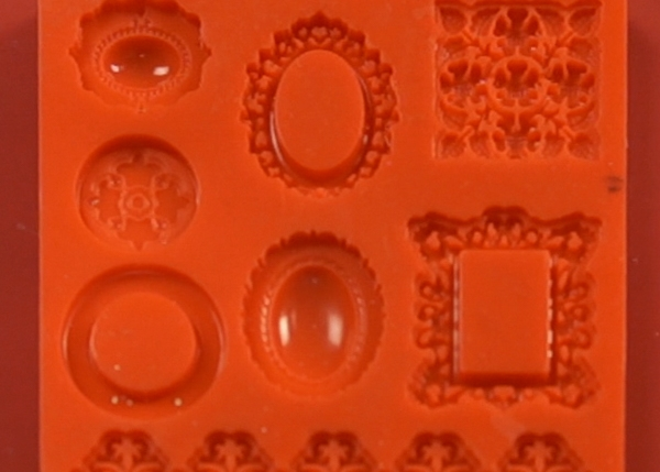 Mod Melt Molds - This is the mold I used for my Mod Mold Tutorial. The picture on the Amazon site is slightly different than this, but according to the comments, it is actually the right mold.