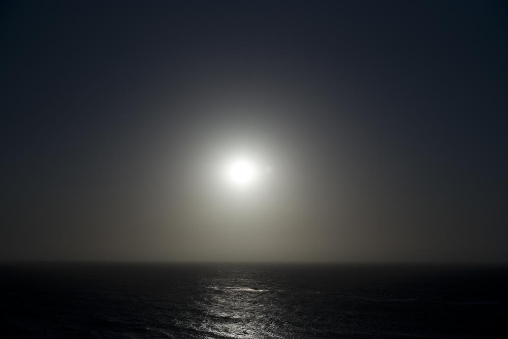 Cartagena12(sea&moon).jpg
