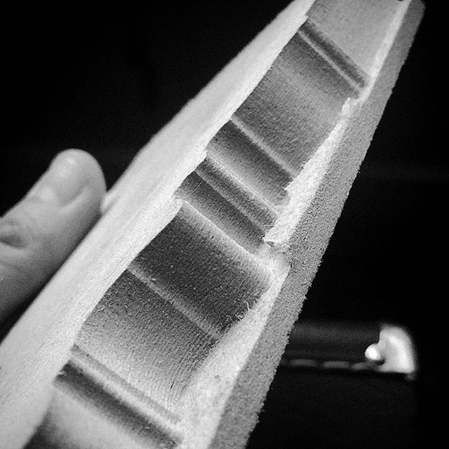 Finally have the #cnc truly up and running. Testing out making a lathe copy template for a baroque mute exterior this morning... The bit diameter was a bit too big to catch all the details, but this worked out really well. Stopped early (hence the ulgliness at the bottom), but a successful test IMO. #music ##earlymusic #trumpet #naturaltrumpet #baroquetrumpet #mute #baroque #cnc #shapeoko3 #cncrouter