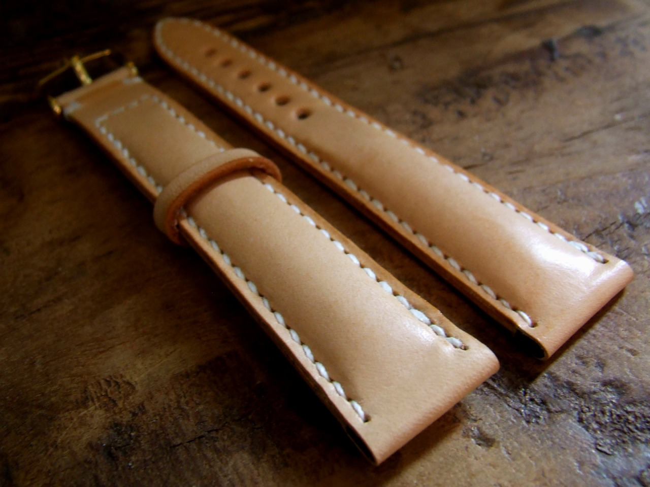Reproduction of a vintage Rolex watch strap