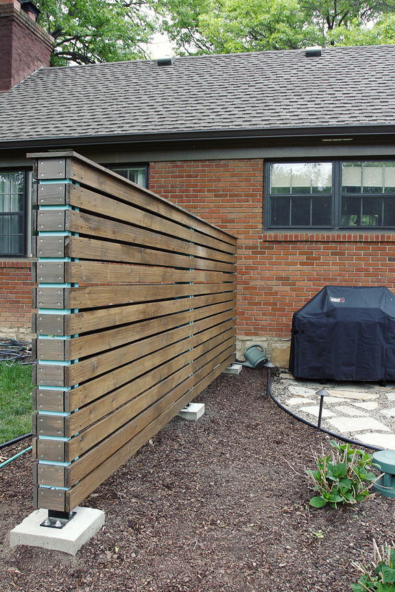 Screen patio design joy studio design gallery best design for Wood patio privacy screens