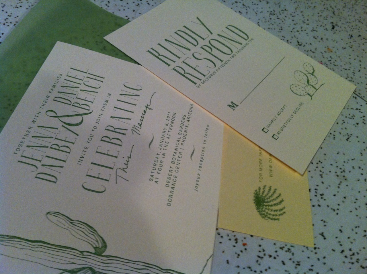 Jenna's invites are fini! I'm so happy with the way the look!