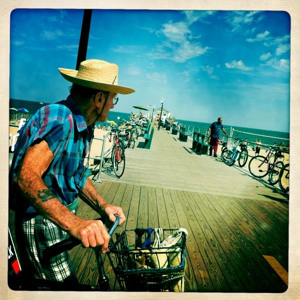 Went to the Jersey shore with Rich and his fam on  Tues.   No Snookie sightings.