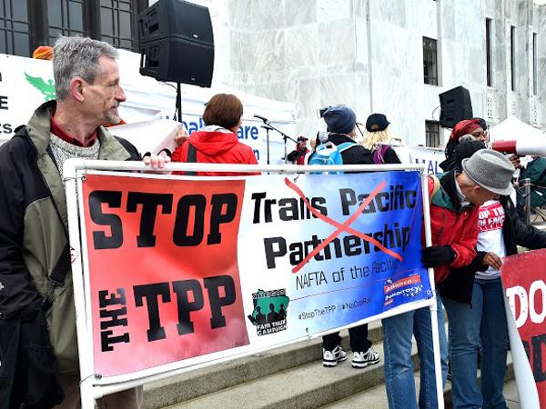 Hallmark Stop TPP.JPG