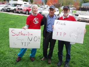Jeam Gallaher and Bob Bickers with Rep. Peter DeFazio