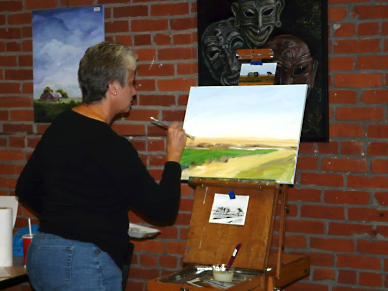 Kathy Anderson teaching an Acrylics Workshop