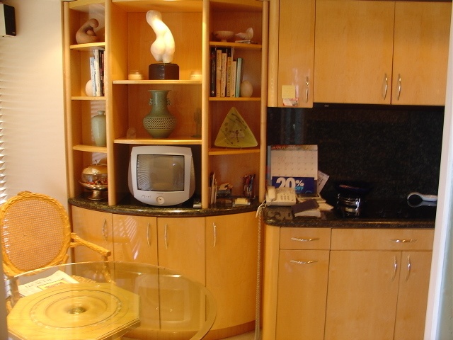 Kitchen-21.JPG