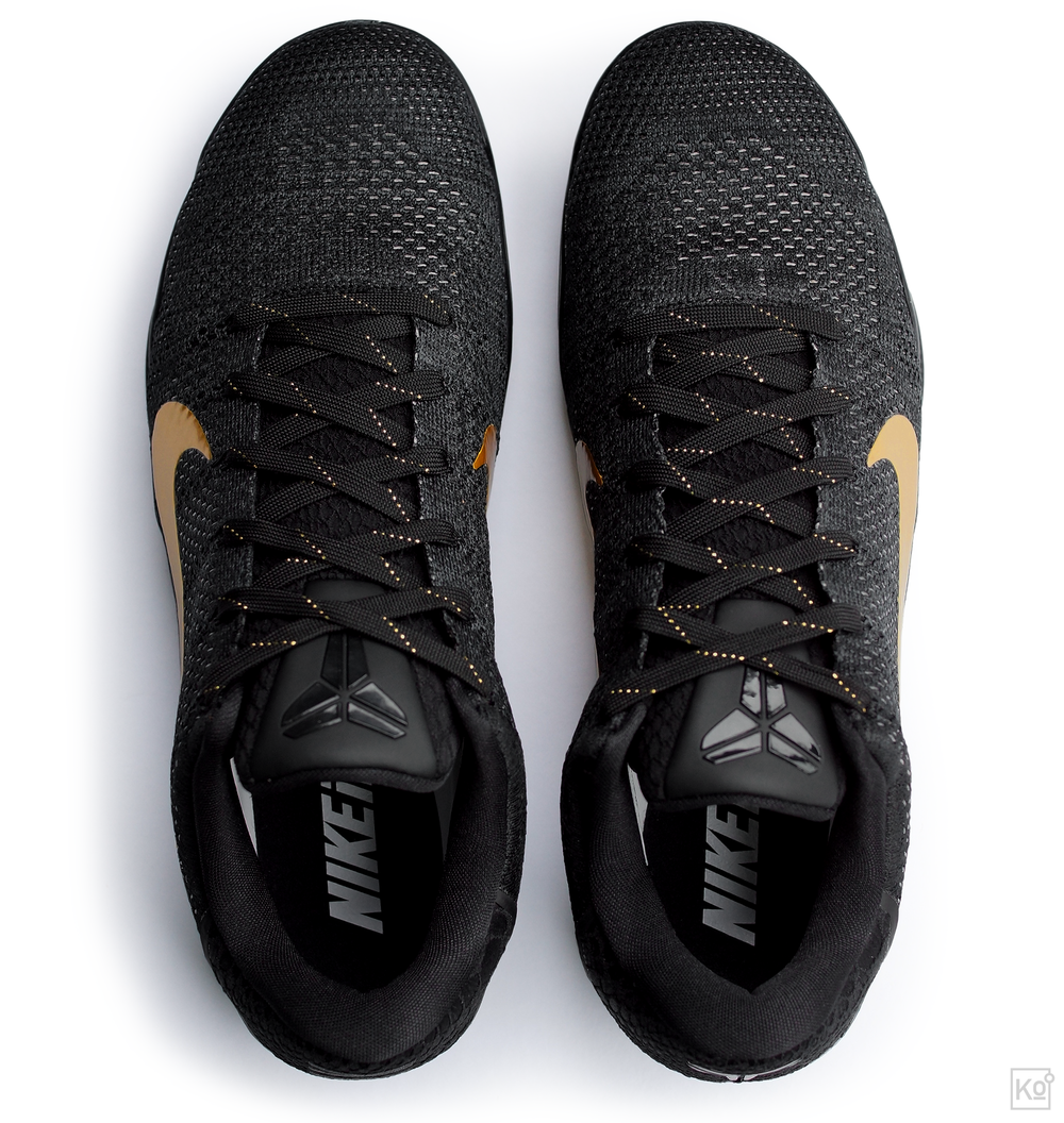 "figure 5. It's not only in profile that the Kobe XI Elite defines a new silhouette for hoops. Look at the shoe from above—what industry folks refer to as the ""toe-down"" view—and you'll notice that it wraps around the foot in a way that's more akin to a form-fitting soccer cleat than a conventionally clunky basketball shoe. I think this sleek fit contributes to the XI Elite's agile, natural feel on court."