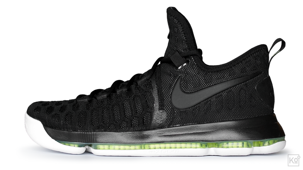 figure 3. In this profile view of the Zoom KD 9, the rows of synthetic fibers that hold its pressurized Zoom Air unit together are clearly visible. Also visible is the deep forefoot groove that contributes to the KD 9's terrifically smooth, natural feel underfoot. In my experience, this is the best execution of Zoom Air that Nike's ever offered in a basketball shoe, and I hope we'll see more of this configuration in other hoops models.