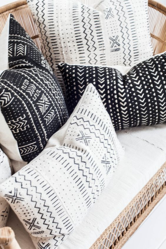 Mudcloth Pillows - http://www.houseofc.nl/