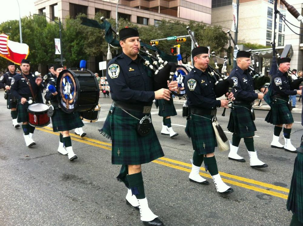 Veteran's Day Parade - '12 Pipe.jpg