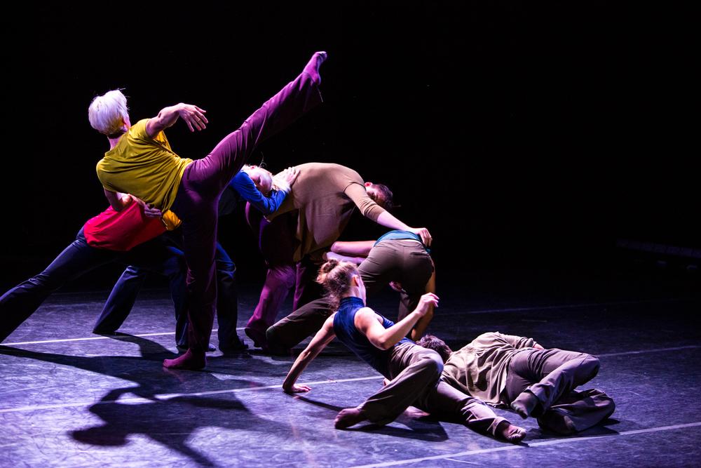 Image: Molly Magee of Bamberg Fine Art Choreography: Ihsan Rustem Dancers: Justin Reiter, Thomas Phelan, Tory Peil, Kyle Johnson, Mia Monteabaro, Lara Seefedlt, and Jim Kent
