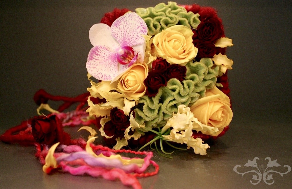 bridal bouquet wool.jpg