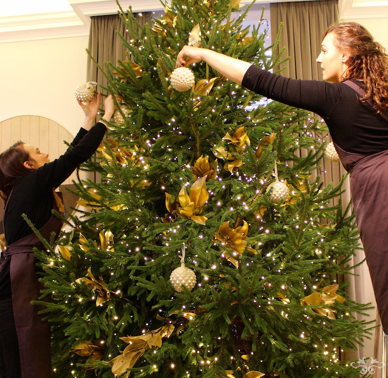 Neill Strain luxury Christmas Tree decorating.jpg